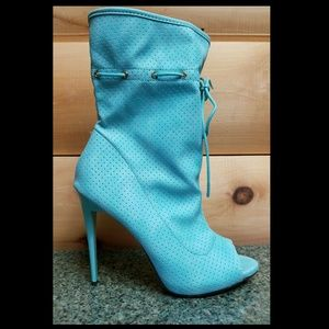 """5"""" Heel Drawstring Ankle Boot Size 10 Mint"""